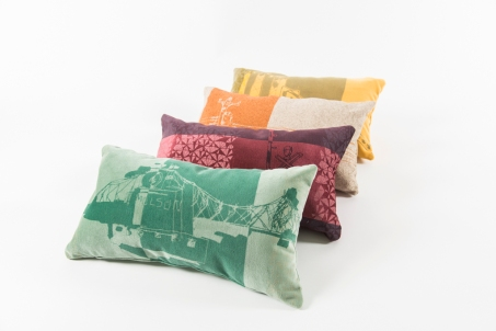 Foutu Tissu cushions
