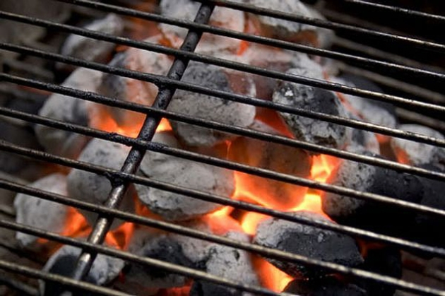 blog charcoal-grill-636-main_Full