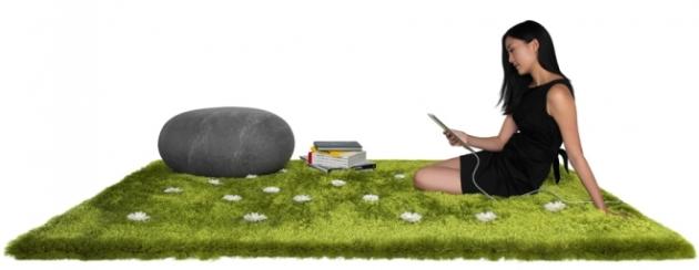ronel jordaan's large felt stone on joe jim's daisy garden rug